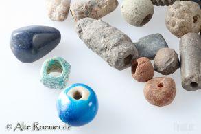 Lot aus 20 gemischten Perlen von der Levante