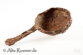 Großer antiker Löffel aus Eisen