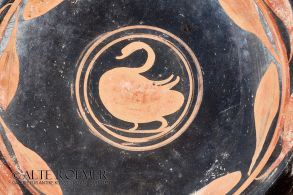 Apulian kylix from Red-Swan-Group
