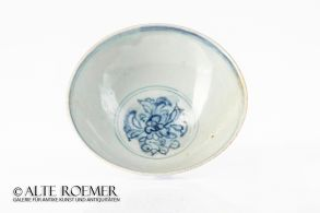 Ming bowl from Binh Thuan wreck - ex Christie's