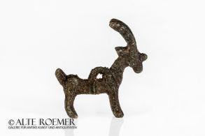 Massive Lorestan bronze pendant shaped as an ibex
