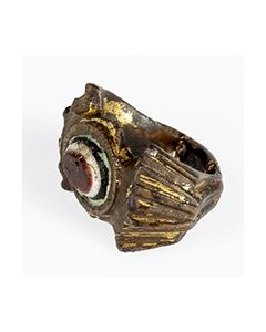 Roman fingerring with imitated agate